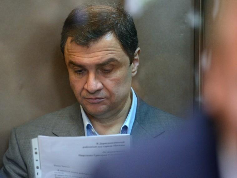 Экс-замминистра культуры Пирумову стало плохо вовремя суда