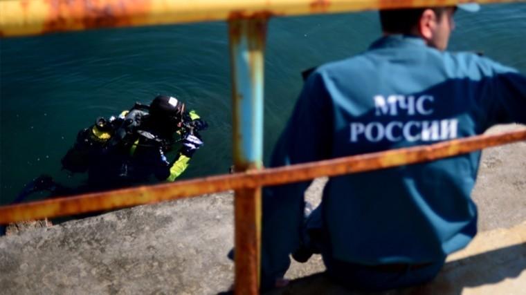 11 человек погибли при столкновении катамарана исухогруза наВолге