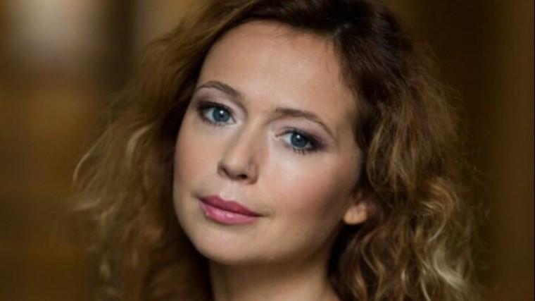 42-летняя Захарова показала сексуальную фигуру вбикини