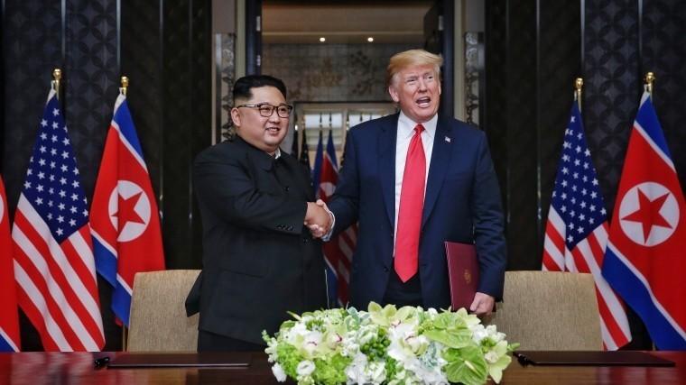 Дональд Трамп хочетснять сСеверной Кореи санкции