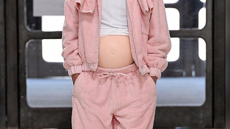 беременные мужчины модном показе лондоне шокировали соцсети