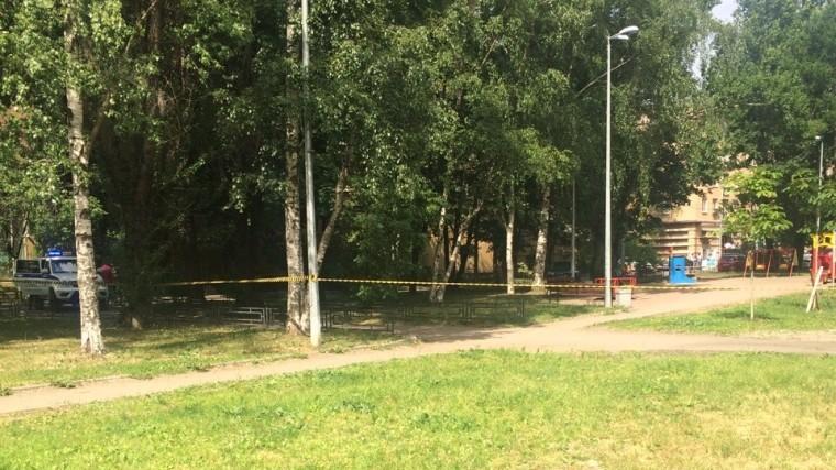 ВПетербурге эвакуирован детский сад: местные жители сообщают острельбе