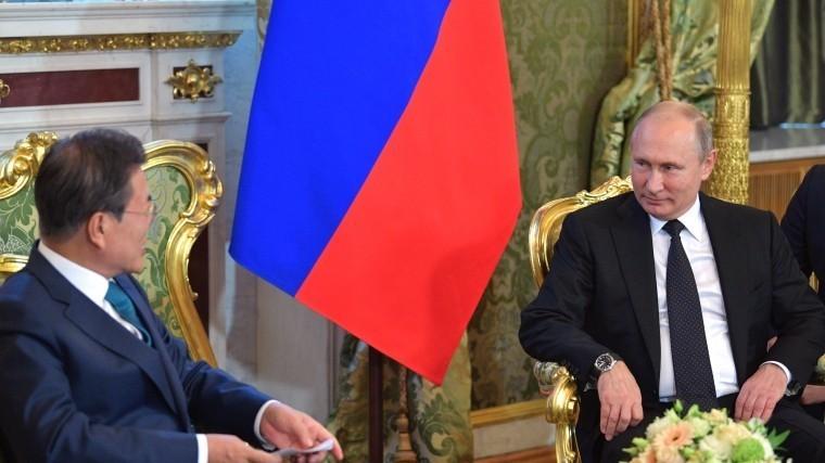 кремле проходят переговоры владимира путина президентом южной кореи