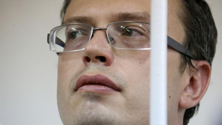 Мосгорсуд рассмотрит дело генерала Никандрова, обвиняемого вовзяточничестве