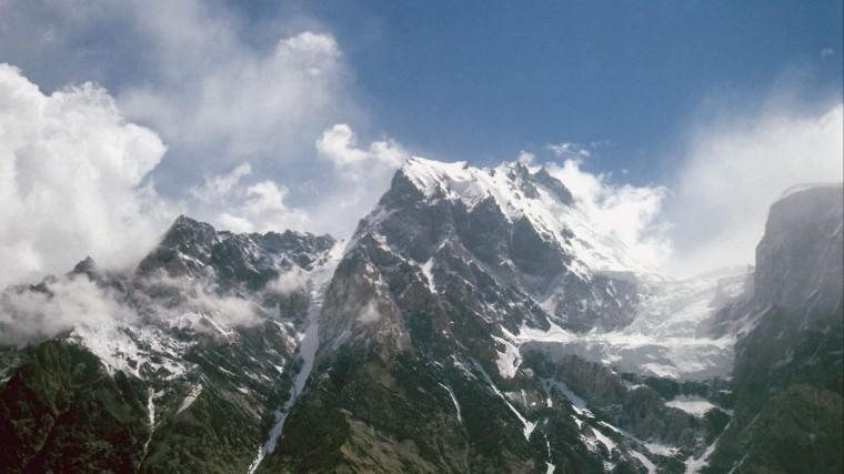 таджикистане готовы вылететь спасения альпинистов россии белоруссии