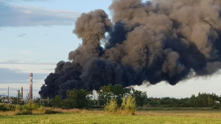 Пожар назаводе «Петрофлекс» вЛенобласти локализован