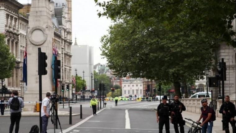 ростуризм призвал граждан избегать мест массового скопления лондоне