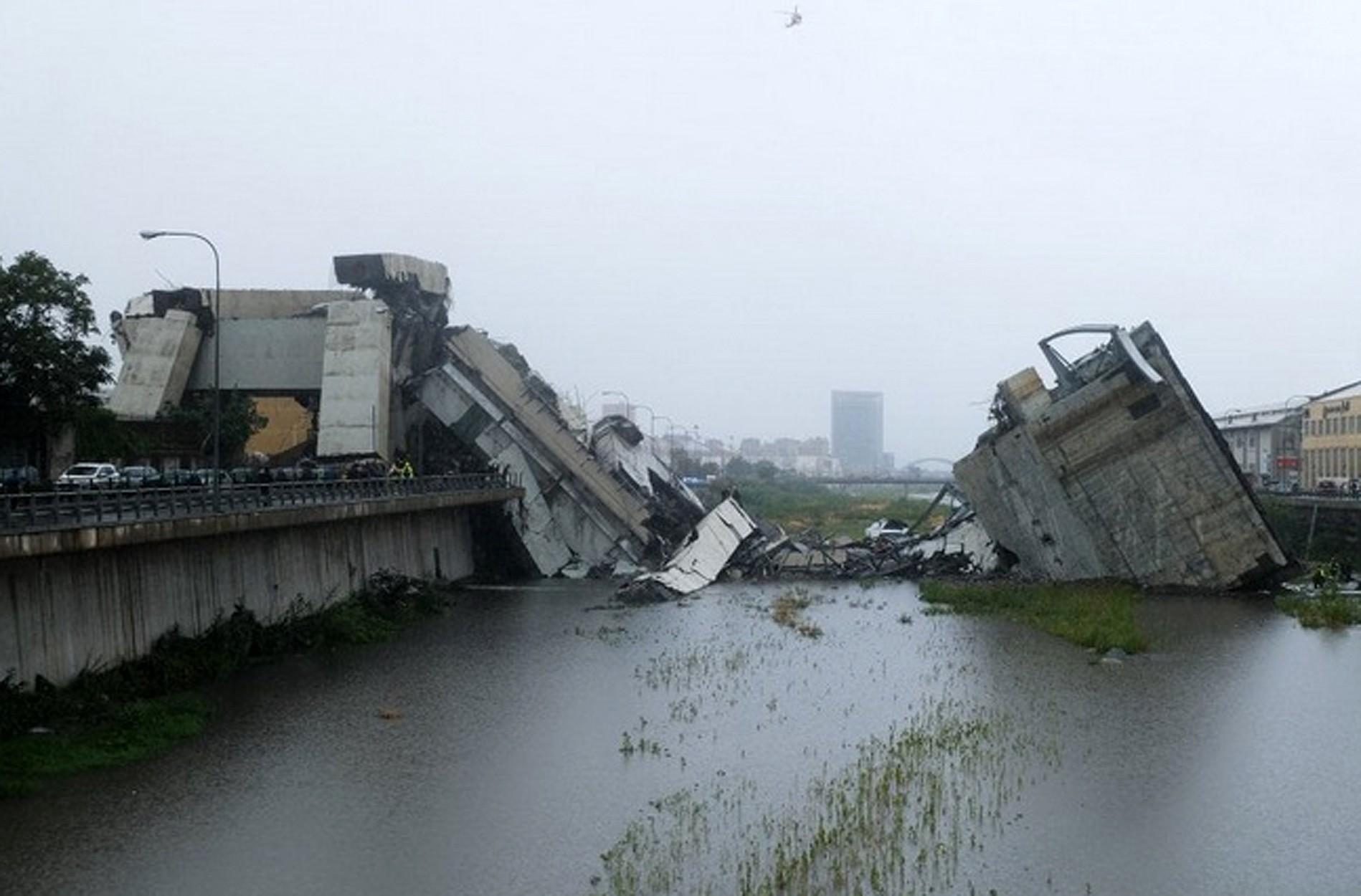 страшно радостно россиянка семьей едва погибла мосту генуе