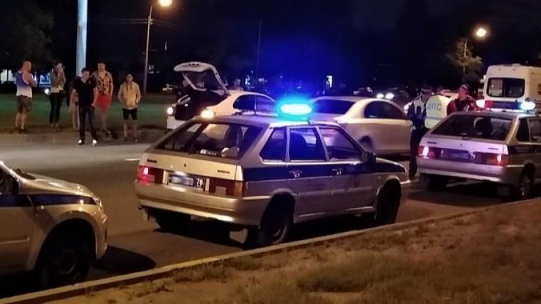 Таксист попытался увезти сбитого импрохожего вПетербурге