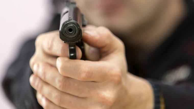 Вздании суда Московского района вПетербурге слышна стрельба