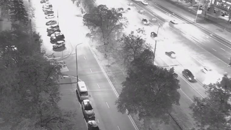 момент массового дтп ленинском проспекте москве попал видео