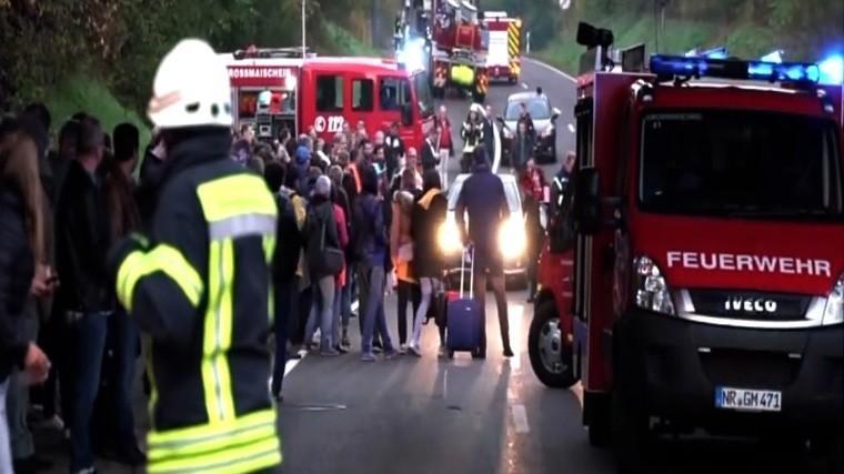 пострадали пожаре пассажирском поезде германии