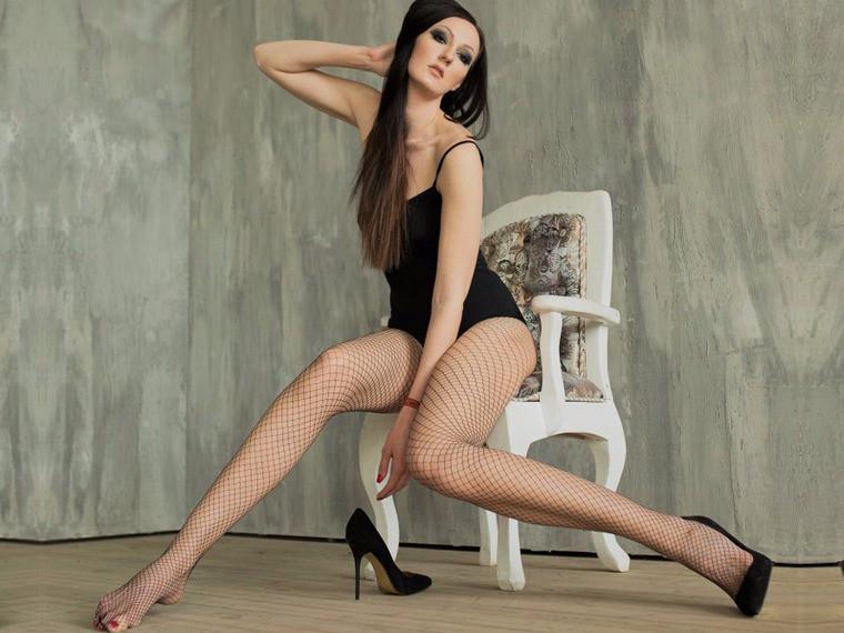 Длинноногие российские девушки в сапогах