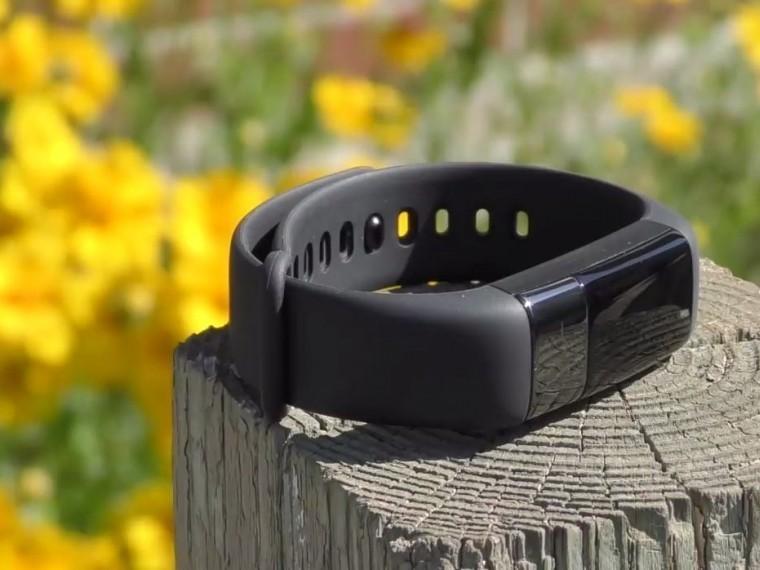 Глава компании Xiaomi рассказал сколько будет стоить новый браслет MiBand3