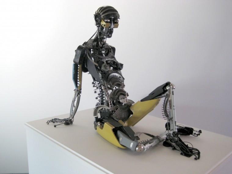 """«Практически """"Электроник""""»— режиссер фильма 'Горько' собирается снять 'взрослую' комедию про робота"""