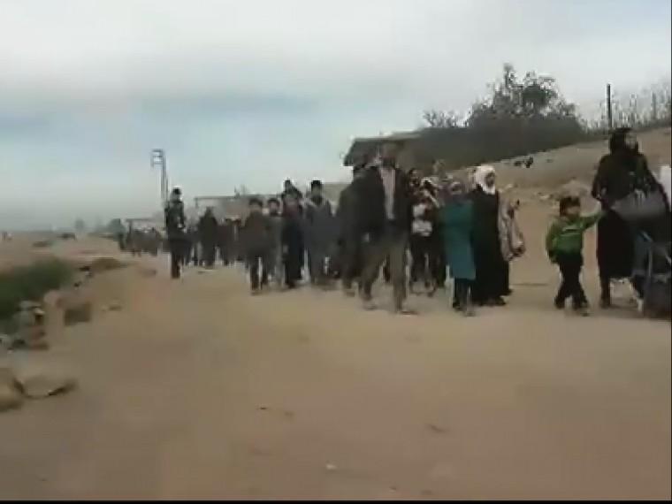 Минобороны РФпродолжает прямую трансляцию спунктов пропуска гумкоридоров всирийской Восточной гуте