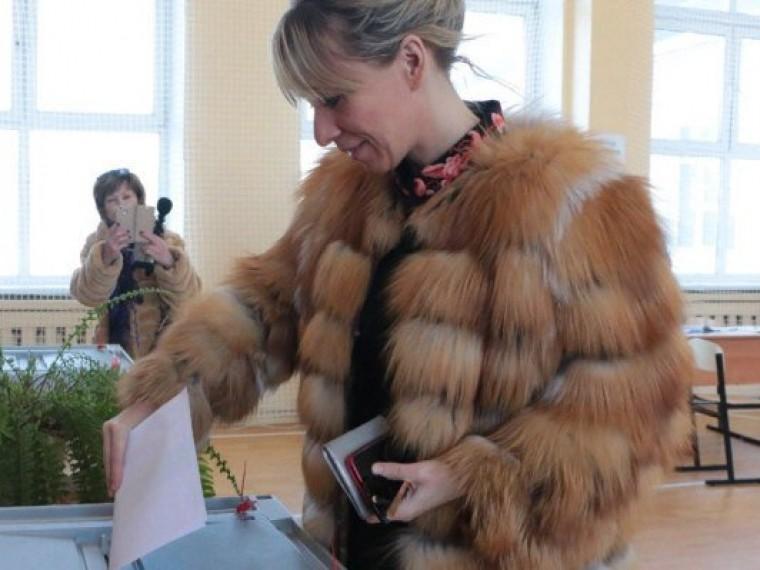 «Это иправо, иобязанность»: Мария Захарова проголосовала вСолнечногорске Московской области
