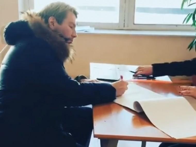 Николай Басков проголосовал научастке вМоскве