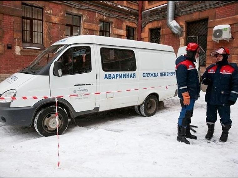 Из-за сильного снегопада «Ленэнерго» перешло врежим повышенной готовности