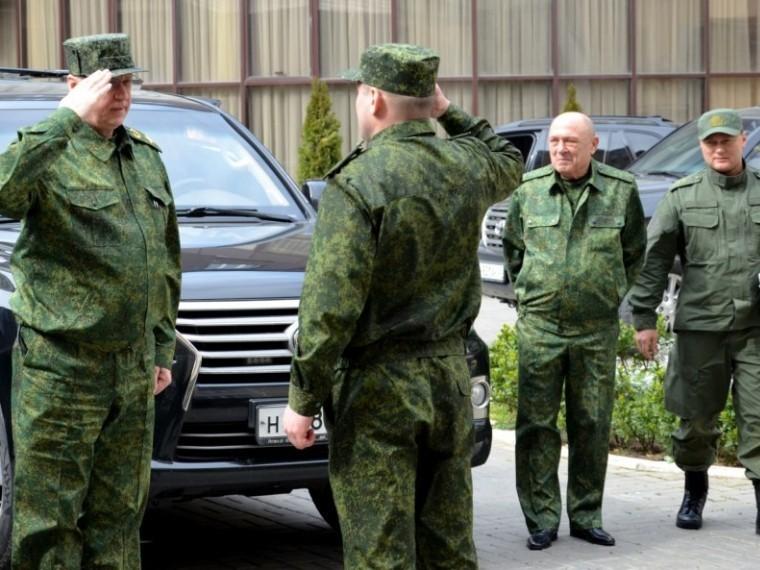 Глава СКР Бастрыкин провел оперативное совещание вМахачкале