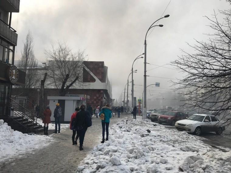 Уголовное дело послепожара вКемерово, где погибли4 ипострадали26 человек, передано вЦентральный аппарат СК