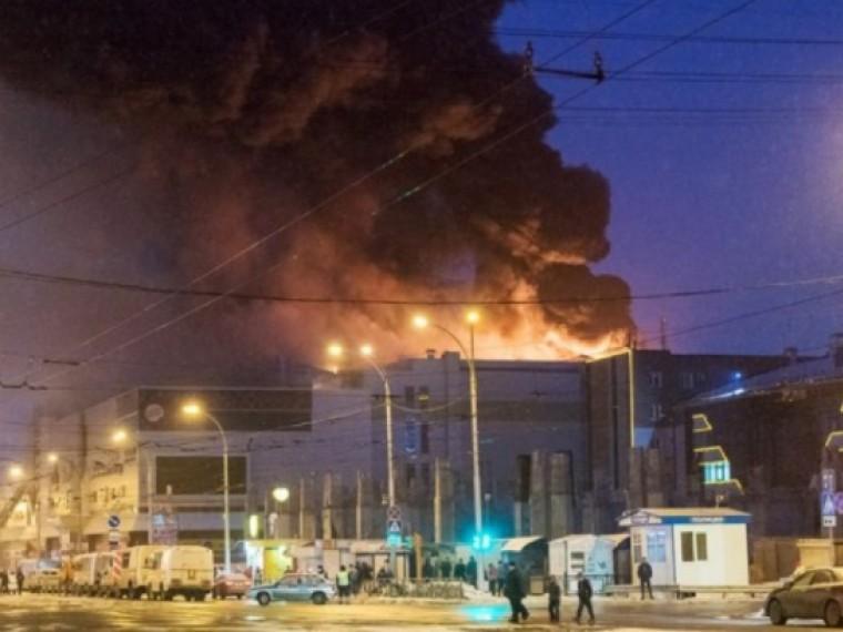Следователи приступили кдопросу чиновников врамках дела опожаре вкемеровском ТЦ