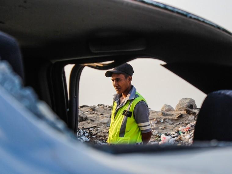 Неменее восьми человек погибли при взрыве заминированной машины вЛивии