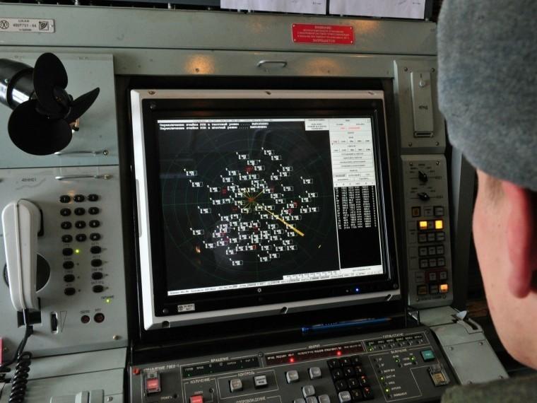 Новая ЗРС С-400 поступила навооружение войск ПВО навостоке России
