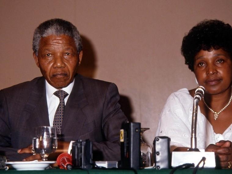 ВЮАР скончалась бывшая супруга Нельсона Манделы