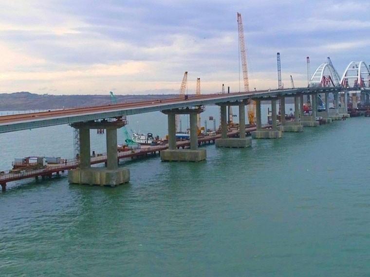 Неугомонные: вРаде пригрозили уничтожить Крымский мост