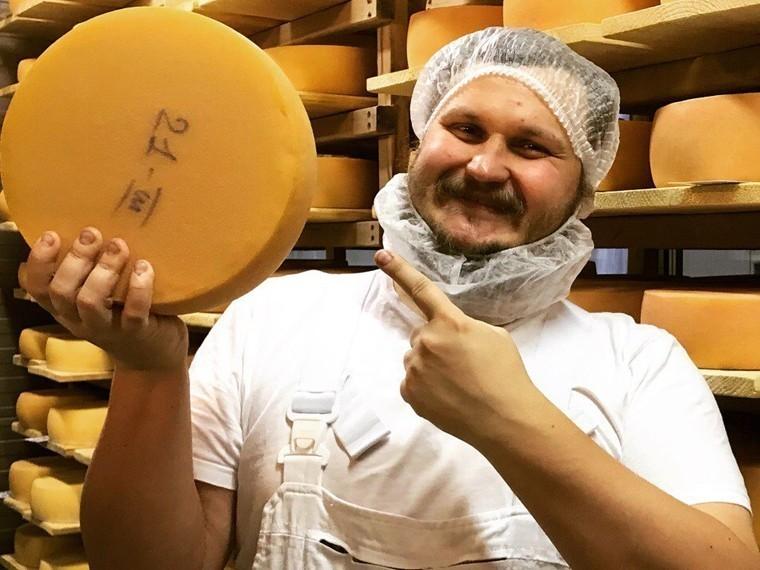 Российский сыродел угостил вице-премьера Голикову «Новичком»
