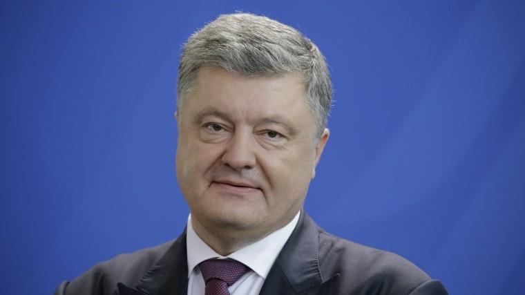 Порошенко обрадовался продлению европейских санкций против Крыма