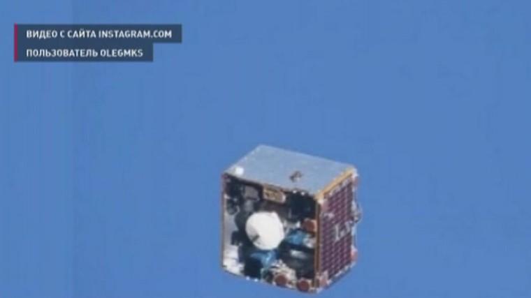 Опасное сближение МКС соспутником снял космонавт Олег Артемьев