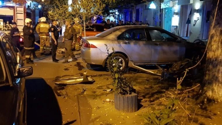 Видео: вцентре Одессы подорвали автомобиль руководителя местного ЧОП