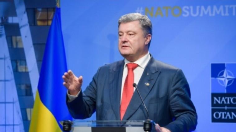 Порошенко поведал о«залоге авиационной независимости» Украины