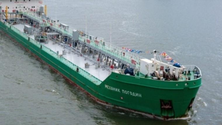 Натри года власти Украины заблокировали судно «Механик Погодин»