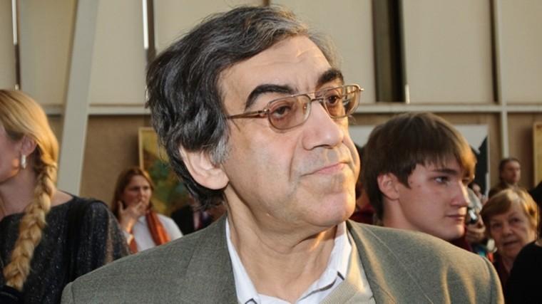 Умер литературовед и критик Карен Степанян