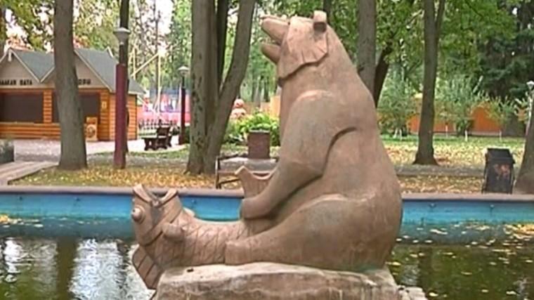 «Непристойная» скульптура медведя озадачила жителей Нижегородской области